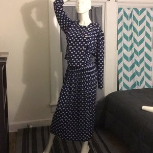 Unique vintage 2 piece she shell dress